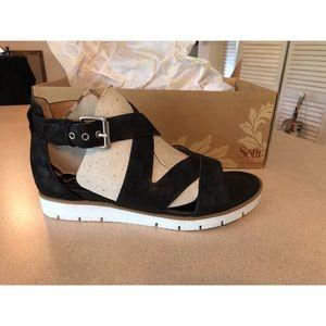 Black Söfft Sandals